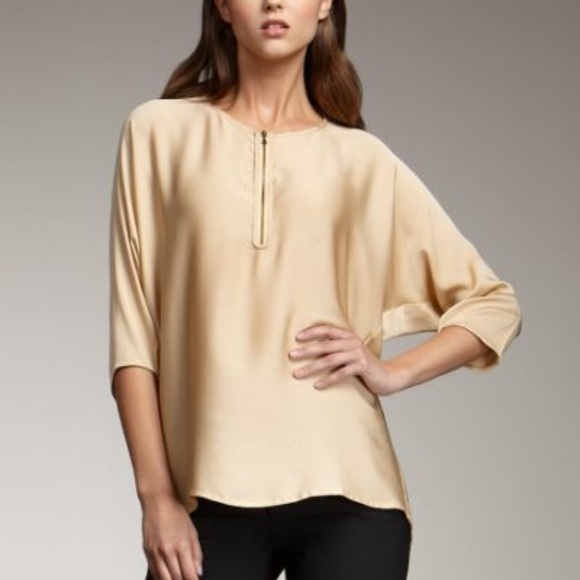 54a1d8784f08f Vince Gold Silk Zip Front Shirt. M 5b21d49cdf0307c59827b07a